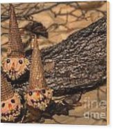 Scarecrow Cupcakes Wood Print