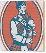 Scotsman Scottish Bagpipes Retro Wood Print