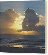 Sea Island Sun Rays Wood Print