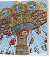 Seaswings At Santa Cruz Beach Boardwalk California 5d23897 Wood Print by Wingsdomain Art and Photography