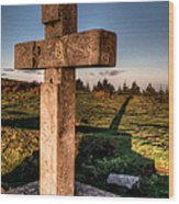 Setting Sun On A Cross By The Trenches Wood Print
