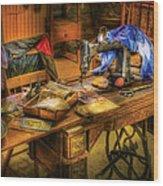 Sewing Machine  - Sewing Machine Iv Wood Print