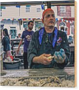 Shucking Oysters In The French Quarter Wood Print