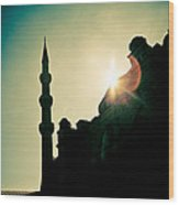 Silhouettes Of Blue Mosque Istambul Turkey Wood Print