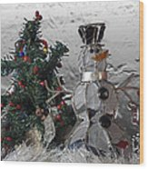Silver Snowman With Christmas Tree Wood Print