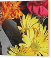 Six Dasies And A Carnation Wood Print