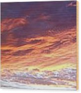 Sky On Fire Wood Print by Les Cunliffe
