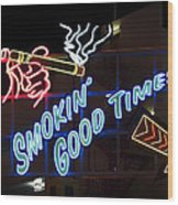Smokin Good Times In Las Vegas Wood Print