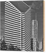 Smurfit-stone Chicago - Now Crain Communications Building Wood Print