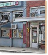 Snappy Lunch And Floyd Nc Wood Print by Bob Pardue