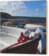 Snebamse On Boat Wood Print