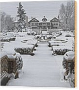 Snowfall At Longview Mansion Wood Print