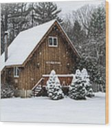 Snowy Country Cottage Wood Print