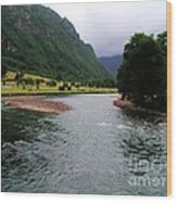 South America - Chile River Wood Print