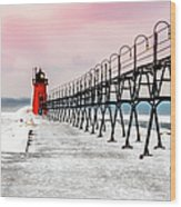 South Haven Light And Pier Wood Print