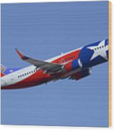 Southwest Boeing 737-3h4 N352sw Lone Star One Taking Off Phoenix Sky Harbor March 6 2015  Wood Print