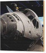 Space Shuttle Atlantis Wood Print