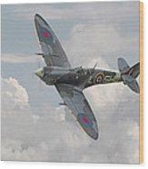 Spitfire - Elegant Icon Wood Print