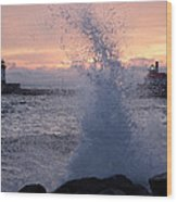 Splashy Sunrise Wood Print
