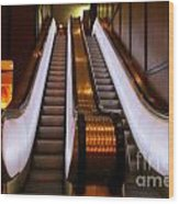 Spooky Escalator At The Brown Palace In Denver Wood Print