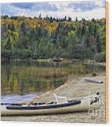 Squareback Canoe With Engine Wood Print