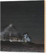 Star Barn Wood Print