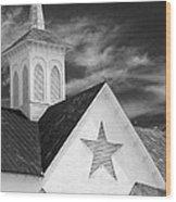 Star Barn Star Wood Print