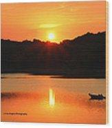 Star Burst Sunset Wood Print