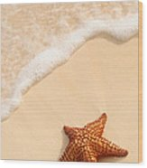 Starfish And Ocean Wave Wood Print
