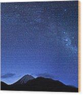 Starry Night Over Mount Ngauruhoe Wood Print