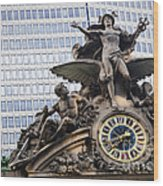 Statue At Grand Central Station Wood Print