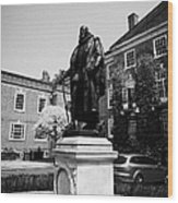 statue of francis bacon in front of grays inn hall London England UK Wood Print