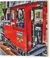Steam Locomotive Old West V2 Wood Print