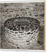 Stone Well At Old Fort Niagara Wood Print