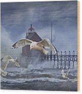 Stormy Weather At The Grand Haven Lighthouse Wood Print