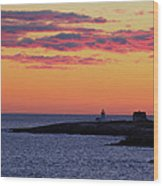 Straitsmouth Lighthouse Sunrise Wood Print