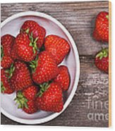 Strawberries Wood Print by Jane Rix