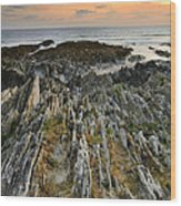 Stunning Vibrant Rock Formation Against Ocean And Beautiful Suns Wood Print