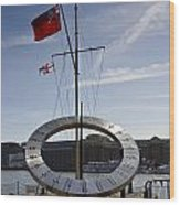 Sundial St Katherines Dock Wood Print