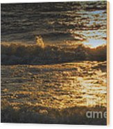 Sundown On The Waves Wood Print