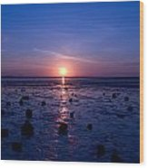 Sunrise At Low Tide Wood Print by Robert Bascelli