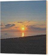Sunrise At The Shore Wood Print