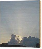 Sunrise With Sunbeams Wood Print