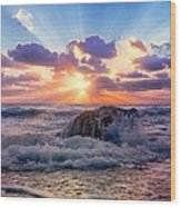 Sun's Rays By The Old Coral. Wood Print