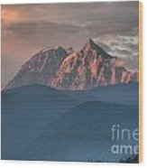 Sunset Over The Tantalus Mountains In Squamish Wood Print