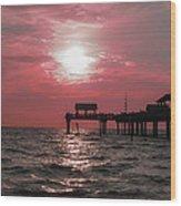 Sunsetting On The Gulf Wood Print