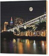 Super Moon Over Cleveland Wood Print