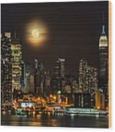 Super Moon Over Nyc Wood Print