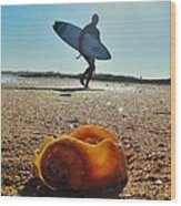 Surfer And Shell Hatteras Lighthouse 3 10/1 Wood Print