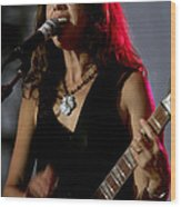 Susanna Hoffs Of The Bangles Wood Print